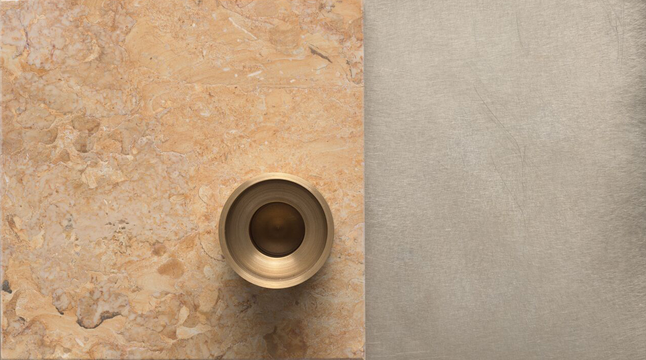 Brass, with its weight, its discreet brilliance, its patina, and its timelessness has a zealous presence.